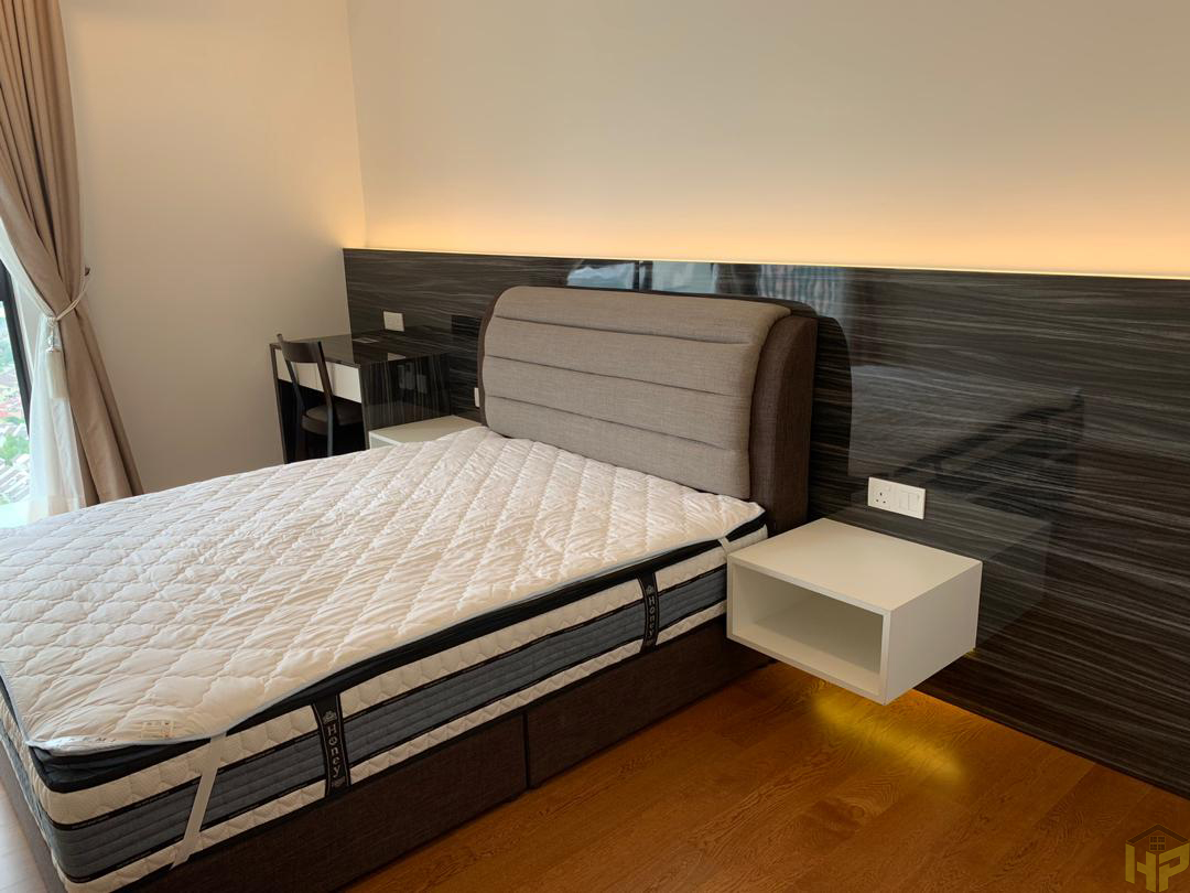 custom bedroom 4